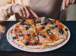 MENU' PIZZA    per 1 persona  Bevande incluse - RISTORANTE e PIZZERIA CRISTALLO