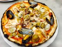 MENU' PIZZA  per 2 persone  Bevande incluse - RISTO PIZZA LA SODDISFAZIONE