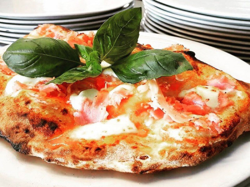 Foto 1 di MENU' PIZZA  per 2 persone  Ottieni 100 punti Gurmy - LA MALAFEMMENA