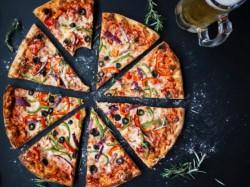 BUONO GURMY MENÙ PIZZA OMAGGIO per 2 persone - 5^ VIZIO CAPITALE