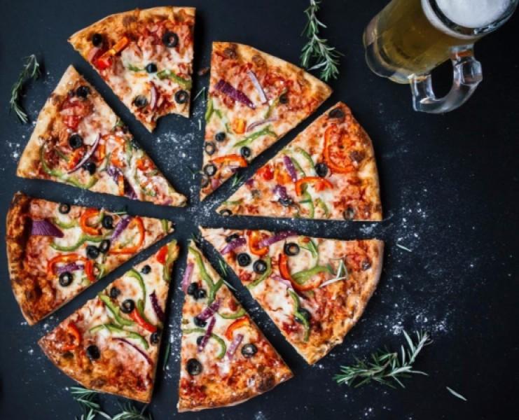 Foto 1 di BUONO GURMY MENÙ PIZZA OMAGGIO per 2 persone - 5^ VIZIO CAPITALE