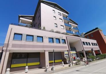 cerca Pesaro  Centro UFFICIO AFFITTO