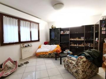 cerca  VILLA A SCHIERA VENDITA Pesaro  - Celletta