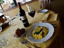 MENU' DEGUSTAZIONE  per 2 persone  Vino e dolce compresi  - VILLA AURORA