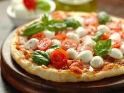 Menù pizza con dolce  per 2 persone - A CASA MIA
