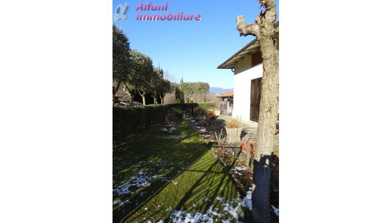 VILLA in VENDITA a CASTEL SAN NICCOLO'
