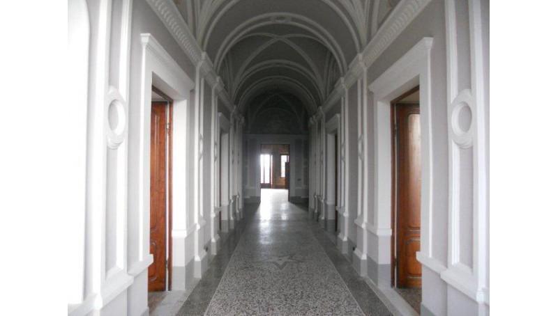 CASTELLO in VENDITA a LARI