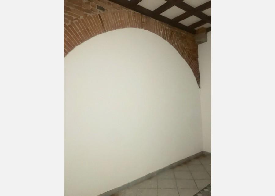 FONDO COMMERCIALE in VENDITA a PISA - S. FRANCESCO