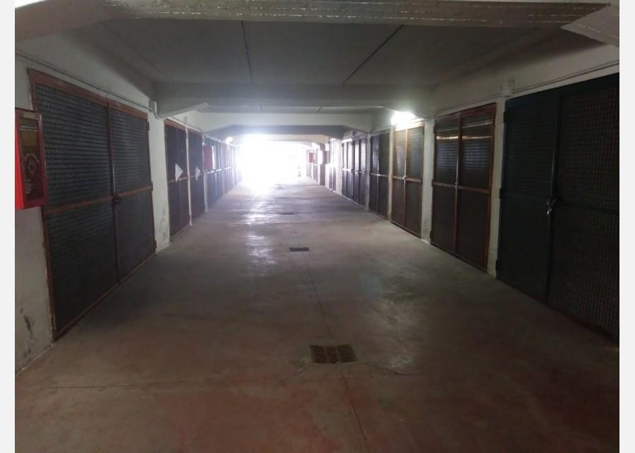GARAGE in AFFITTO a PISA - PISANOVA