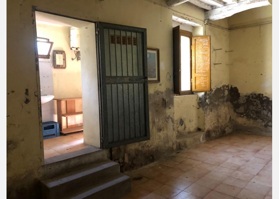 FONDO ARTIGIANALE in VENDITA a CALCI - LA PIEVE