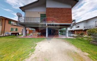 QUALITY HOUSE SRL