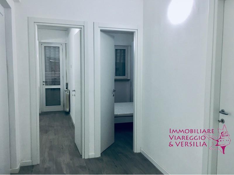 APPARTAMENTO in VENDITA a LIDO DI CAMAIORE