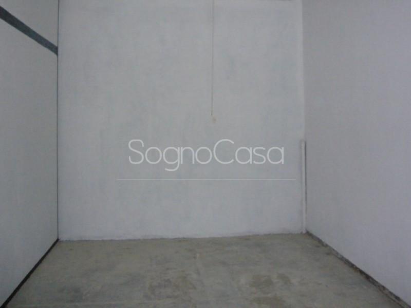 BOX AUTO in VENDITA a FIRENZE - CAMPO DI MARTE / CURE / COVERCIANO