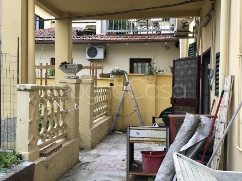 CASA SEMI INDIPENDENTE in VENDITA a CAMPI BISENZIO - GENERICA