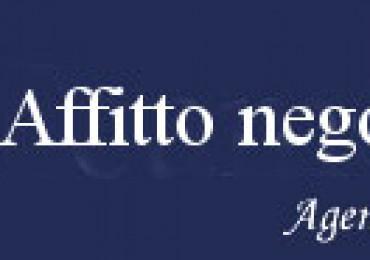 cerca Pesaro  Centro Mare NEGOZIO AFFITTO