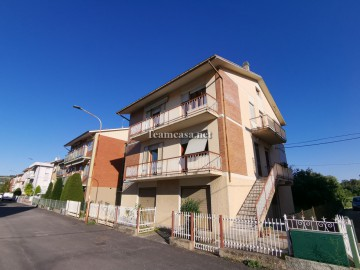 cerca  CASA INDIPENDENTE VENDITA Pesaro  - Calcinari