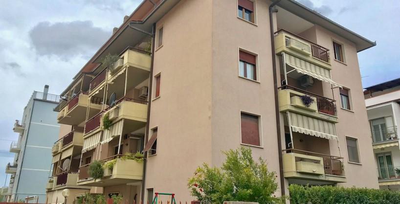 Rif. CI.423 – Appartamento in Vendita