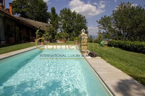 Limonaia con piscina