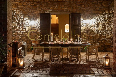 Villa Antica con Piscina